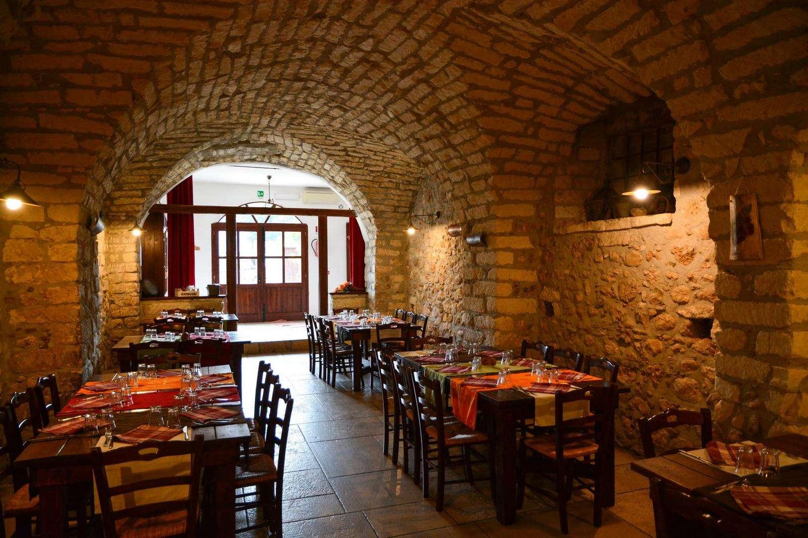 ristorante-agriturismo-biorussi.jpg